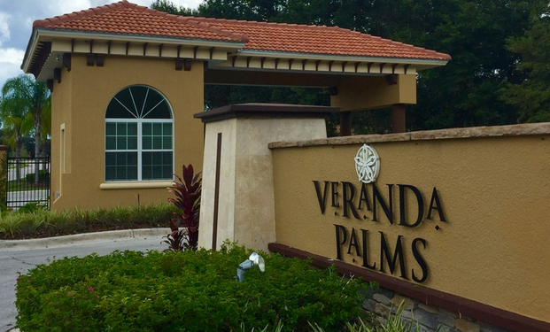 Veranda Palms